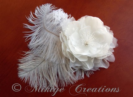 Beauty, Flowers & Decor, Jewelry, Veils, Fashion, white, Feathers, Accessories, Flower, Veil, Hair, Hat, Headpiece, Accessory, Fascinator, Etsy mikiye creations, Mikiye creations, Mikiye, Ceations, Feather Wedding Dresses