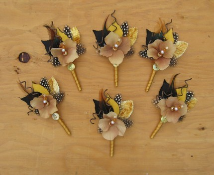 Beauty, Ceremony, Reception, Flowers & Decor, black, gold, Feathers, Ceremony Flowers, Boutonnieres, Groomsmen, Flowers, Boutonniere, Lovebirds