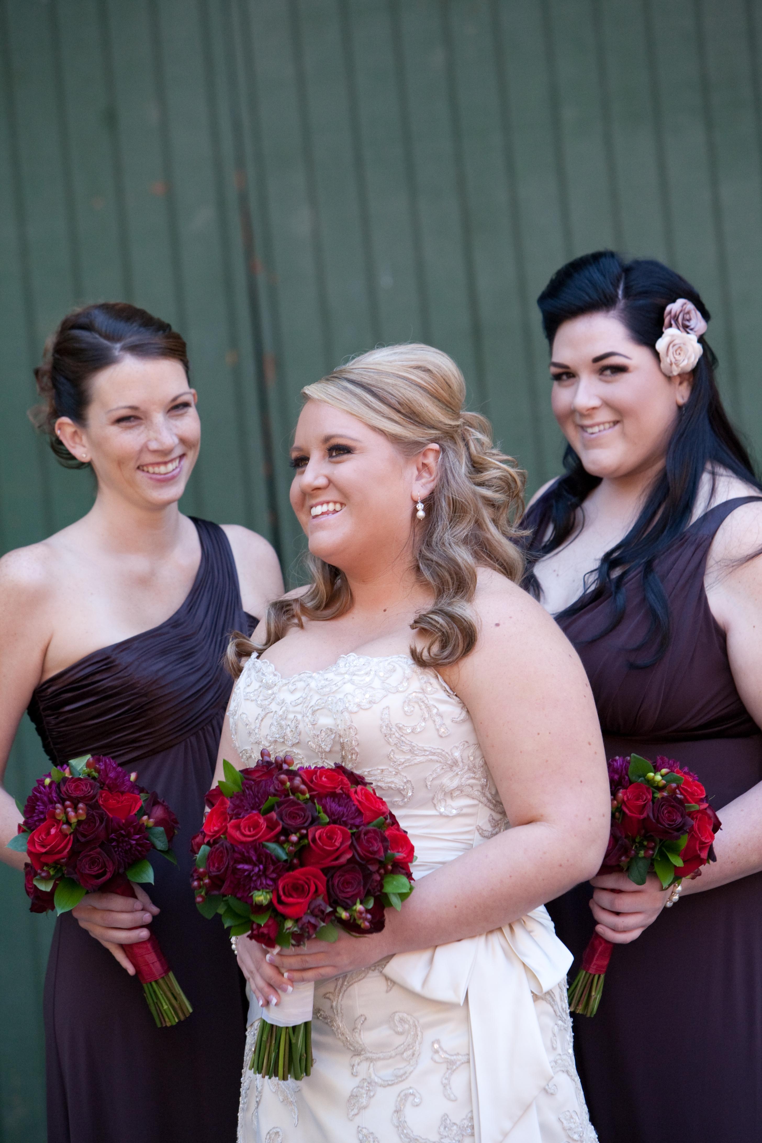 Flowers & Decor, Bridesmaids, Bridesmaids Dresses, Fashion, red, brown, Bridesmaid Bouquets, Flowers, Flower Wedding Dresses