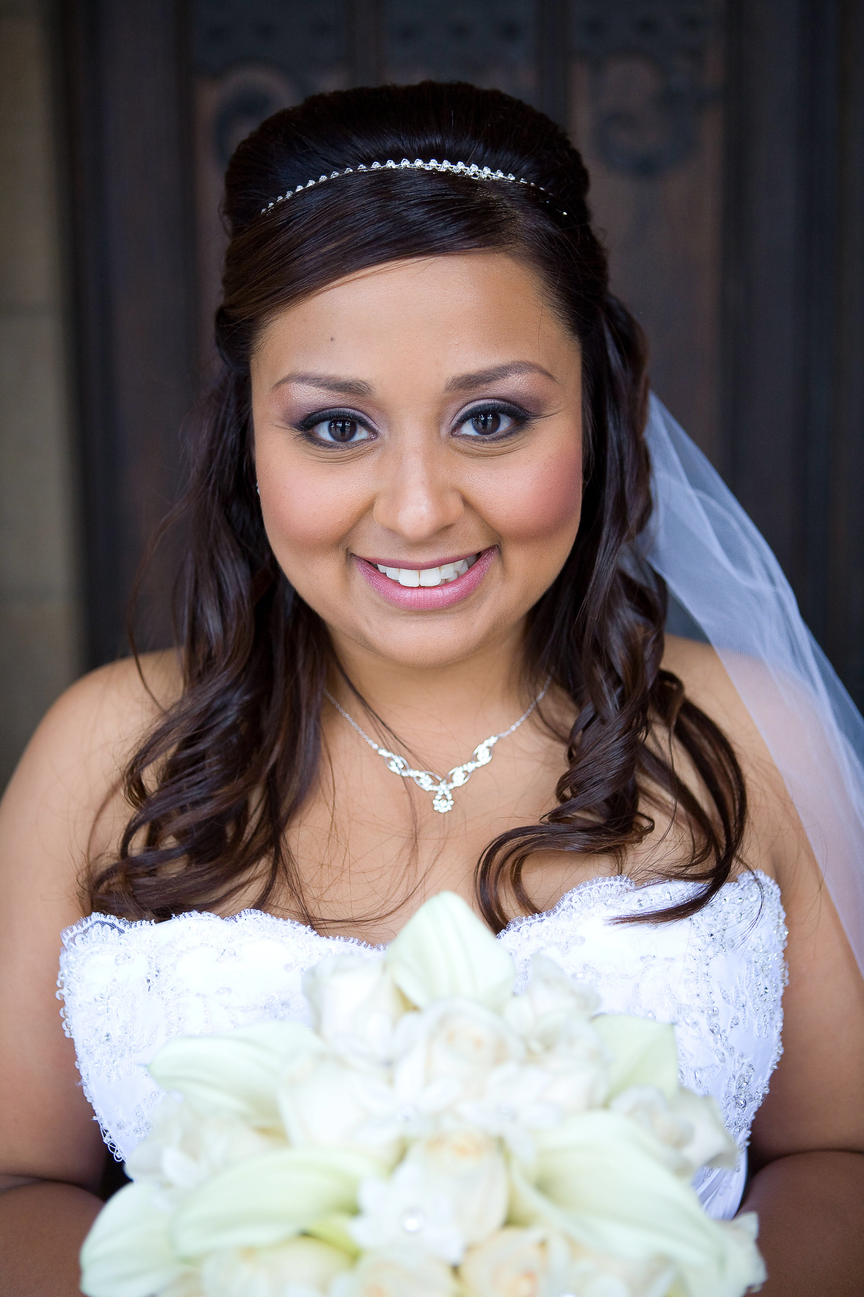 Beauty, Makeup, Bridal, Artist, Mexican, Los, Angeles, Airbrush, Monique powers-airbrush makeup artisteyebrow specialist