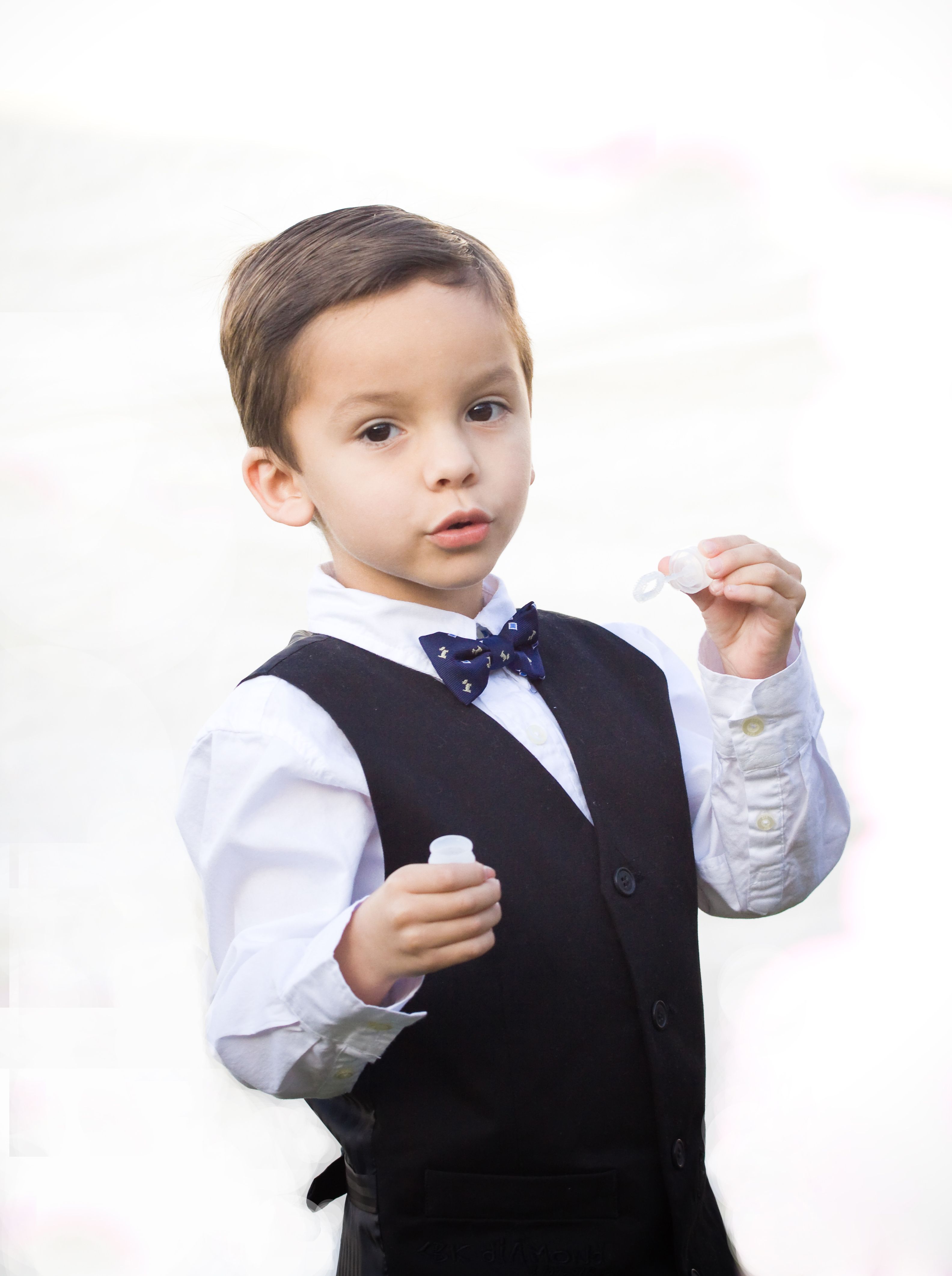 Bubbles, Wedding, Ring bearer, Boy, Cute, Collective perception photography