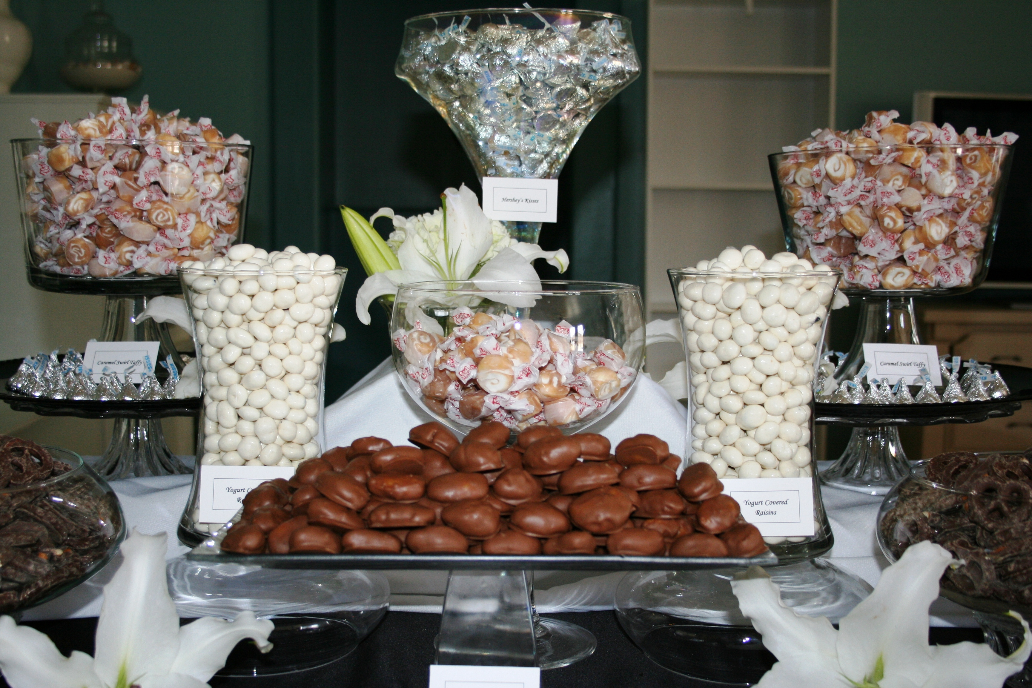 Reception, Flowers & Decor, white, green, black, Wedding, Chocolate, Candy, Buffet, Buffets