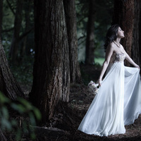 Beauty, Wedding Dresses, Lace Wedding Dresses, Fashion, white, blue, dress, Makeup, Hair, Lace, English, Capture the love, Ema, Savahl