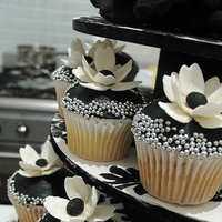 Inspiration, Reception, Flowers & Decor, Cakes, white, yellow, black, cake, Board