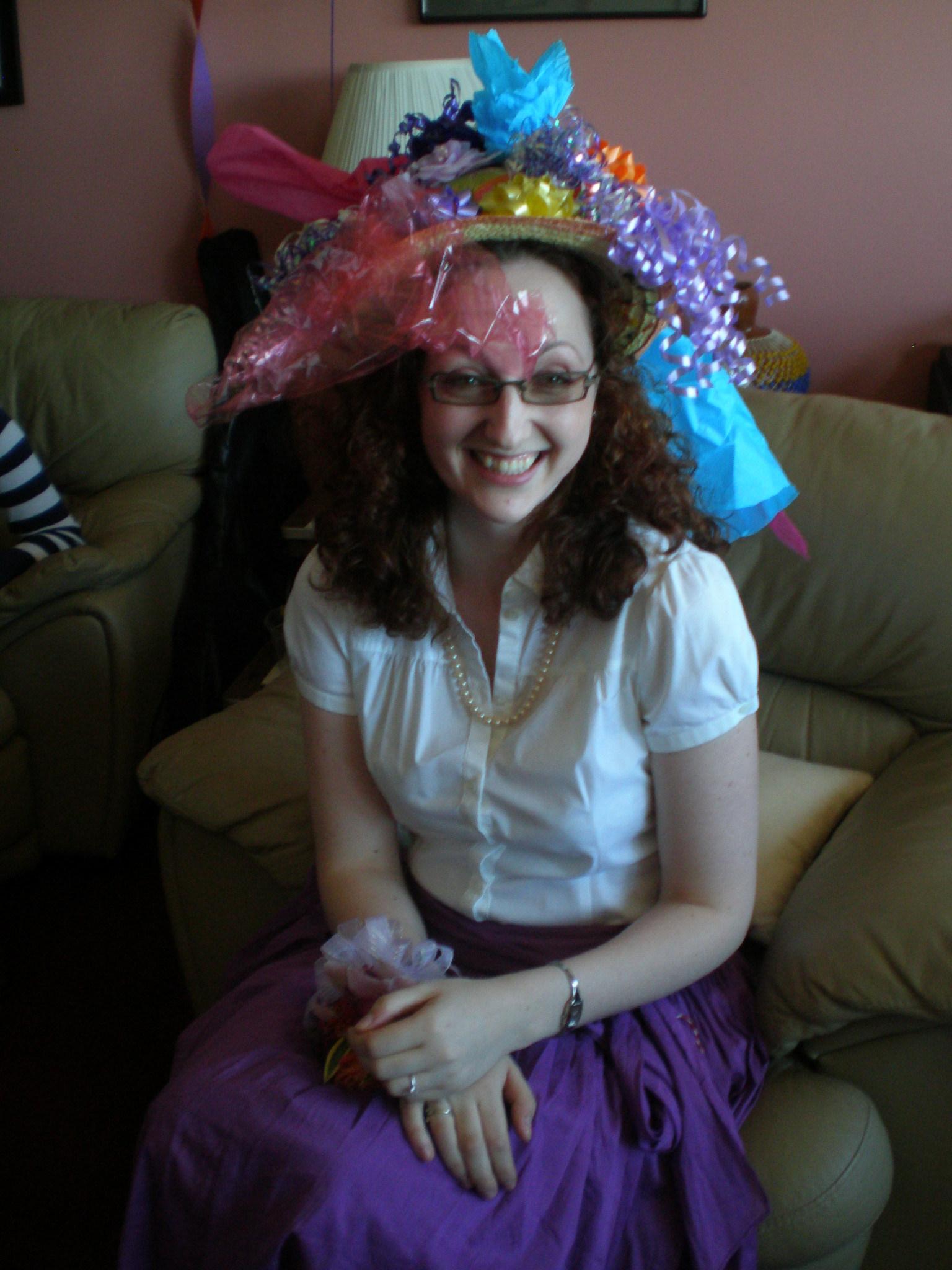 Gift, Hat