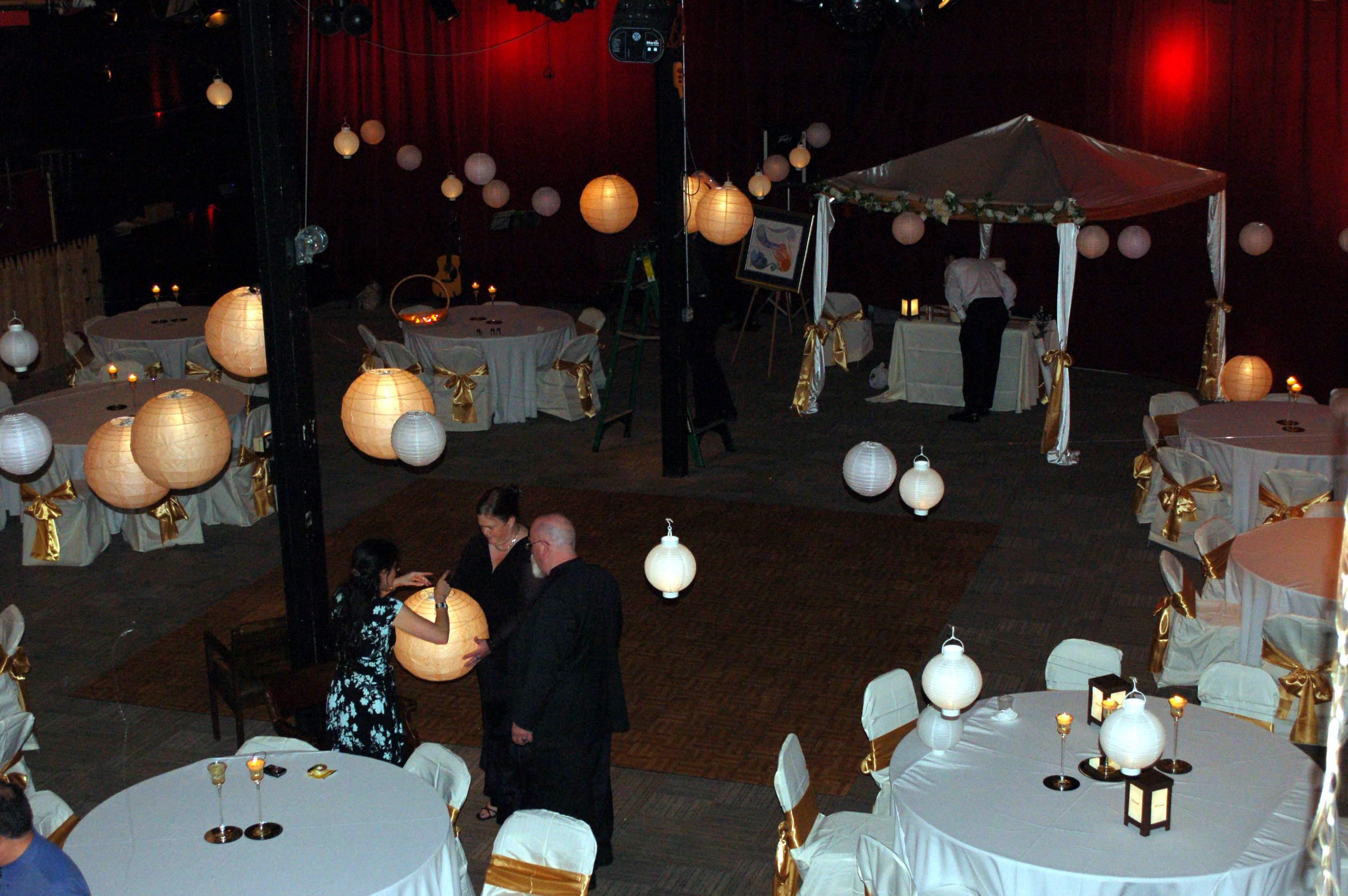 DIY, Reception, Flowers & Decor, pink, Music, Spotlight, Uplighting, Paper lantern
