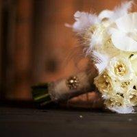Beauty, Flowers & Decor, white, Feathers, Bride Bouquets, Flowers, Bouquet, Feather