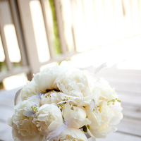 Beauty, Flowers & Decor, white, yellow, silver, Feathers, Flowers, Grey, Peony, Bride bouquet, Amy burke designs