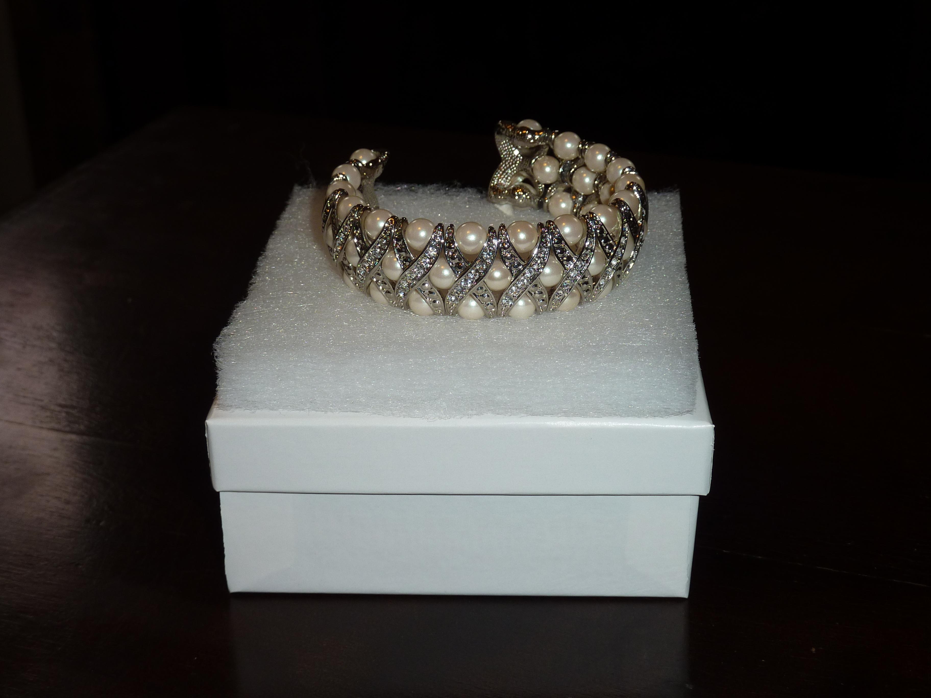 Jewelry, Cuff