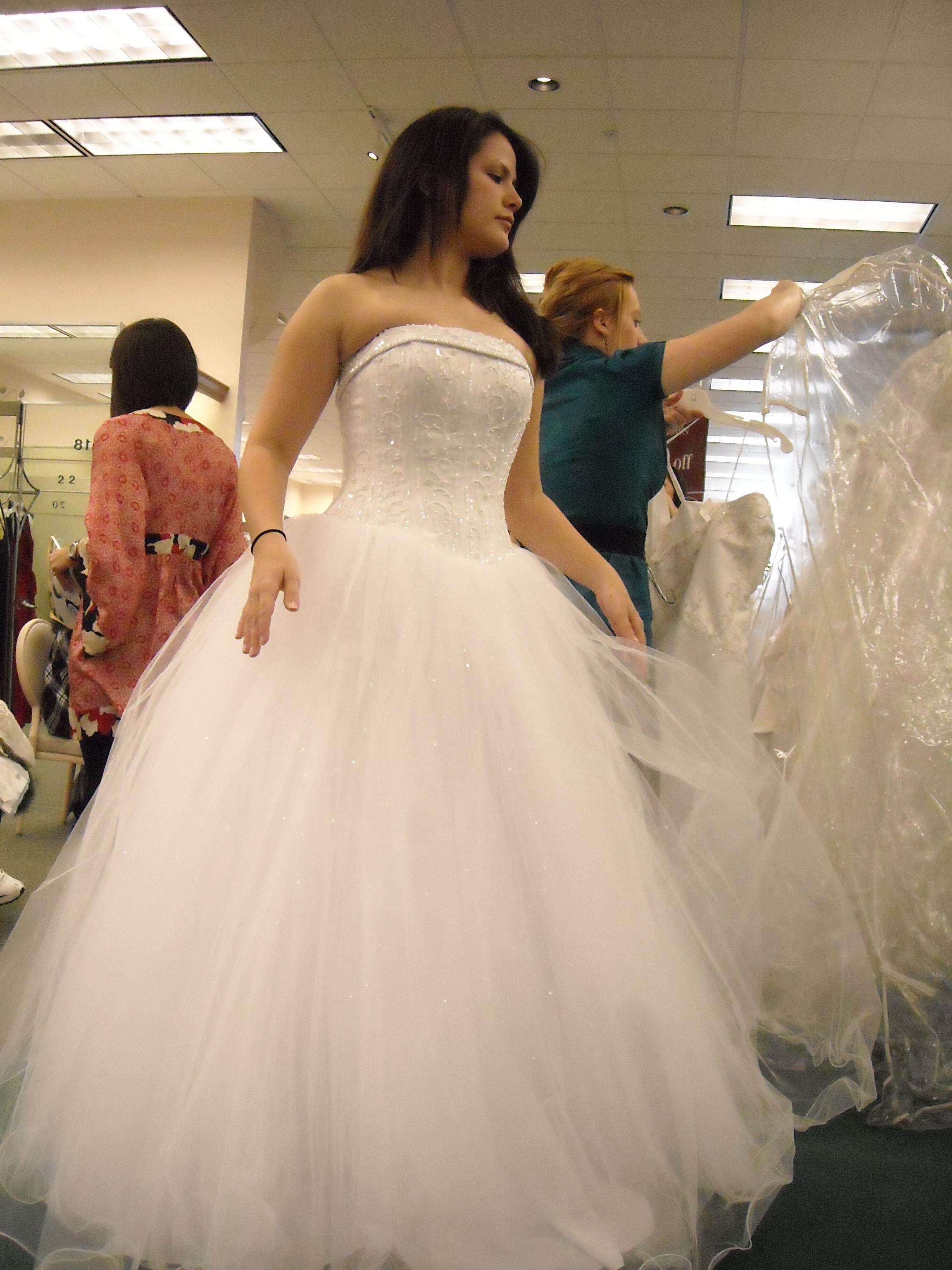 Ceremony, Flowers & Decor, Wedding Dresses, Ball Gown Wedding Dresses, Fashion, white, dress, Bridal, Princess, Ballgown, Tulle, Davids, tulle wedding dresses