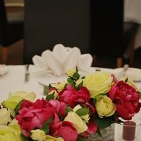 Flowers & Decor, pink, green, Flowers, Centrepiece, Artificial