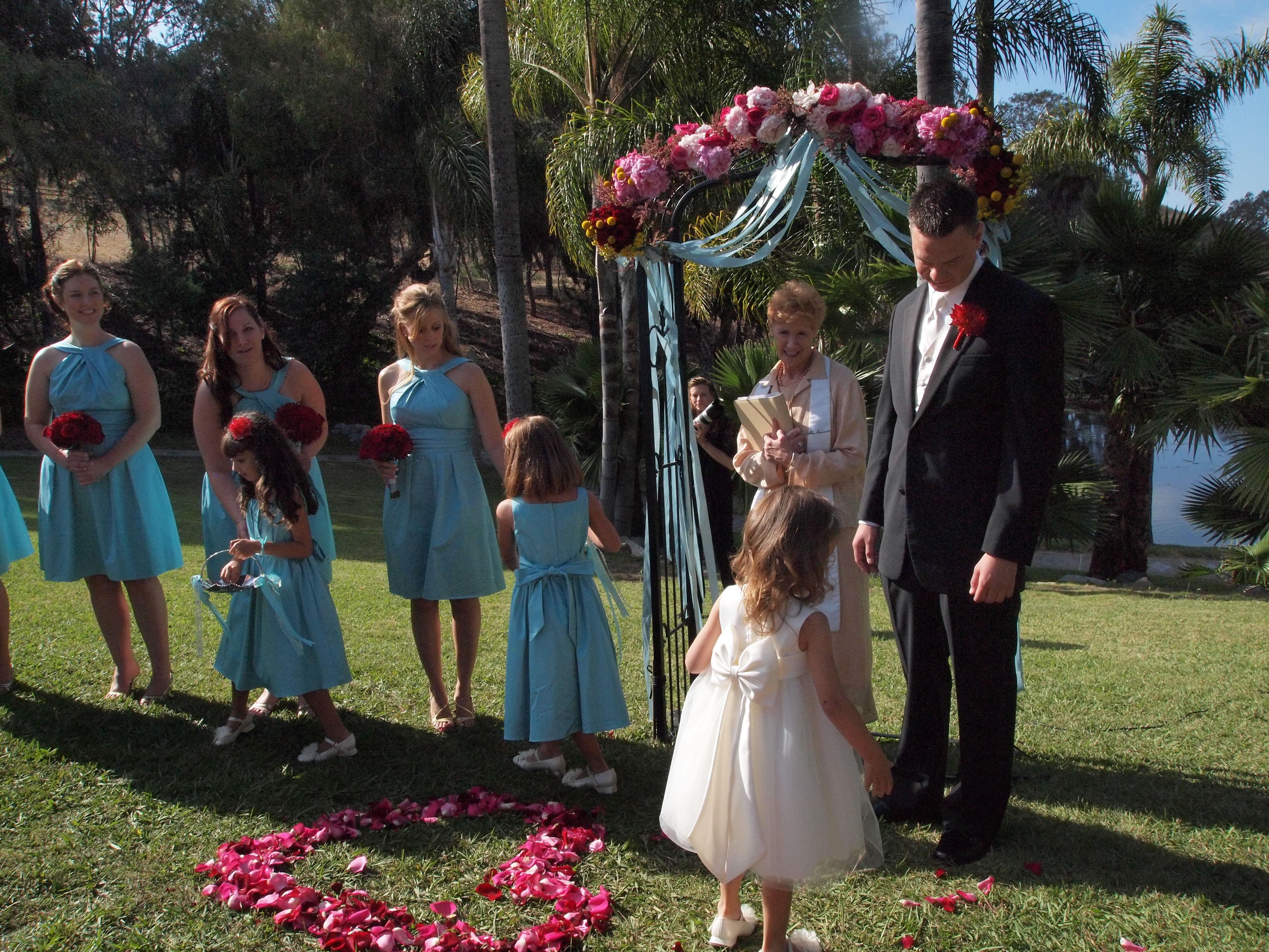 Ceremony, Flowers & Decor, Flower, Girls
