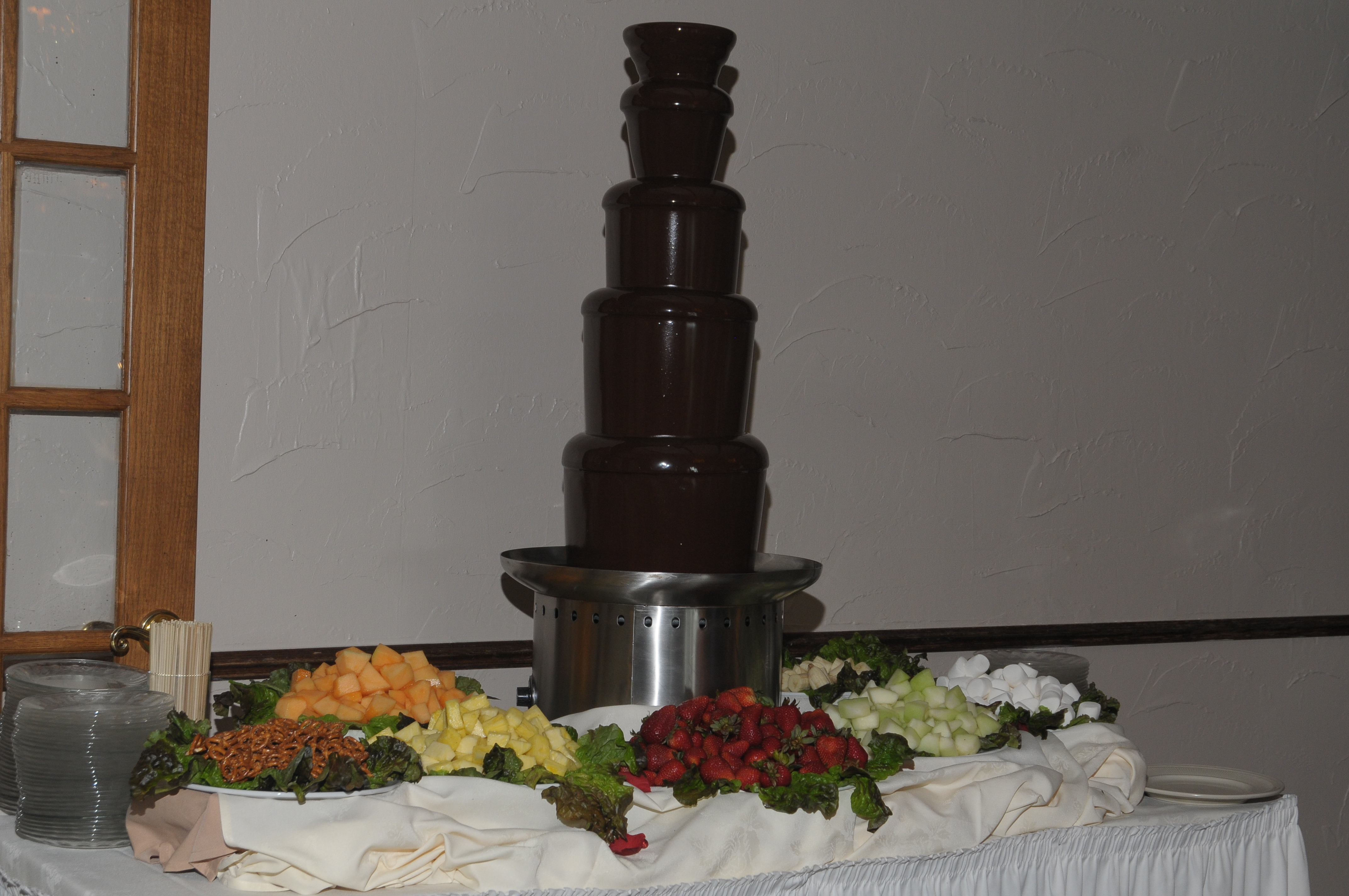 Reception, Flowers & Decor, Fountain, Chocolate