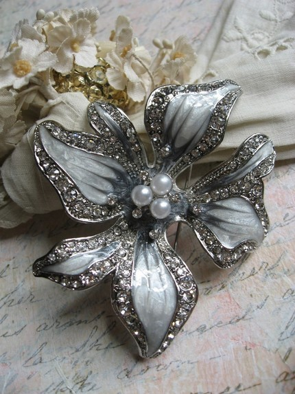 Ceremony, Flowers & Decor, Jewelry, Bridesmaids, Bridesmaids Dresses, Wedding Dresses, Fashion, white, silver, dress, Brooches, Ceremony Flowers, Bride Bouquets, Bridesmaid Bouquets, Bride, Flowers, Flower, Gift, Unique, Weddings, Brooch, Sparkle, Pin, Rhinestones, Flower Wedding Dresses