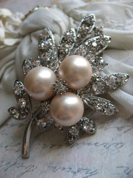 Flowers & Decor, Jewelry, Bridesmaids, Bridesmaids Dresses, Wedding Dresses, Fashion, white, silver, dress, Brooches, Bride Bouquets, Bridesmaid Bouquets, Bride, Flowers, Flower, Gift, Unique, Weddings, Brooch, Sparkle, Pin, Rhinestones, Flower Wedding Dresses