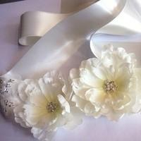 Flowers & Decor, Wedding Dresses, Fashion, white, silver, dress, Bride Bouquets, Bride, Flowers, Bridal, Sash, Belt, Vera, Wang, Etsy, Handmade, Not, Mgmart, Flower Wedding Dresses
