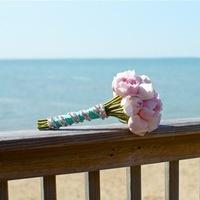 Flowers & Decor, pink, Bride Bouquets, Garden, Flowers, Garden Wedding Flowers & Decor, Roses, Bouquet, Peonies