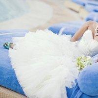 Beauty, Flowers & Decor, Jewelry, Wedding Dresses, Shoes, Fashion, white, blue, green, dress, Makeup, Flowers, Hair, Bridal, Flower Wedding Dresses
