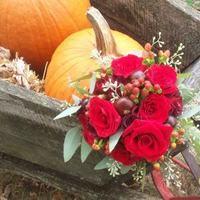 Flowers & Decor, Bridesmaids, Bridesmaids Dresses, Fashion, red, silver, Bride Bouquets, Bridesmaid Bouquets, Flowers, Bouquet, Bridesmais, Flower Wedding Dresses