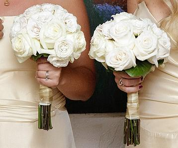 white, gold, Roses, Bridesmaid, Bouquets