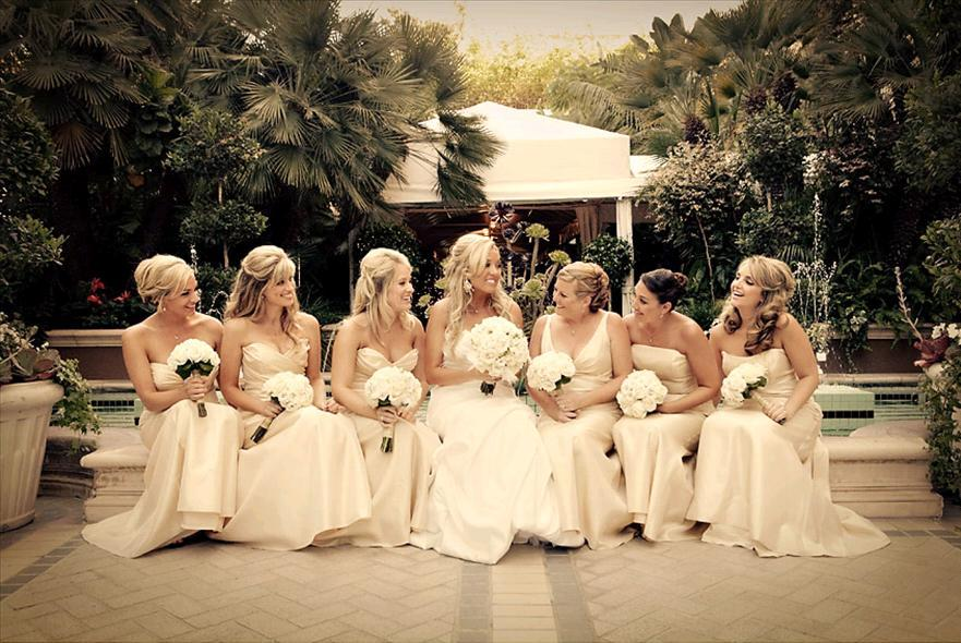 white, gold, Bridesmaid, Bouquets