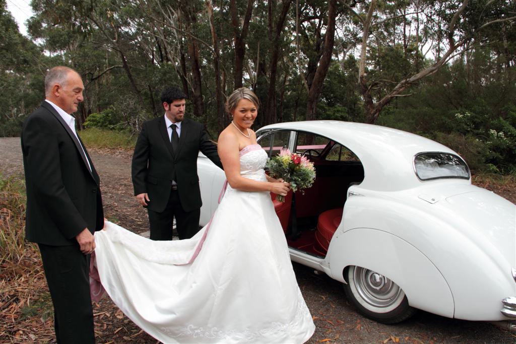 Flowers & Decor, Wedding Dresses, Fashion, dress, Flowers, Cars, Jaguar, Mkvii, Flower Wedding Dresses