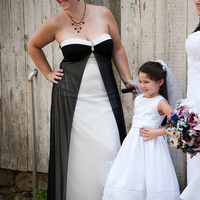 Flowers & Decor, Flower Girl Dresses, Wedding Dresses, Fashion, white, black, dress, Flowers, Flower girl, Flower Wedding Dresses