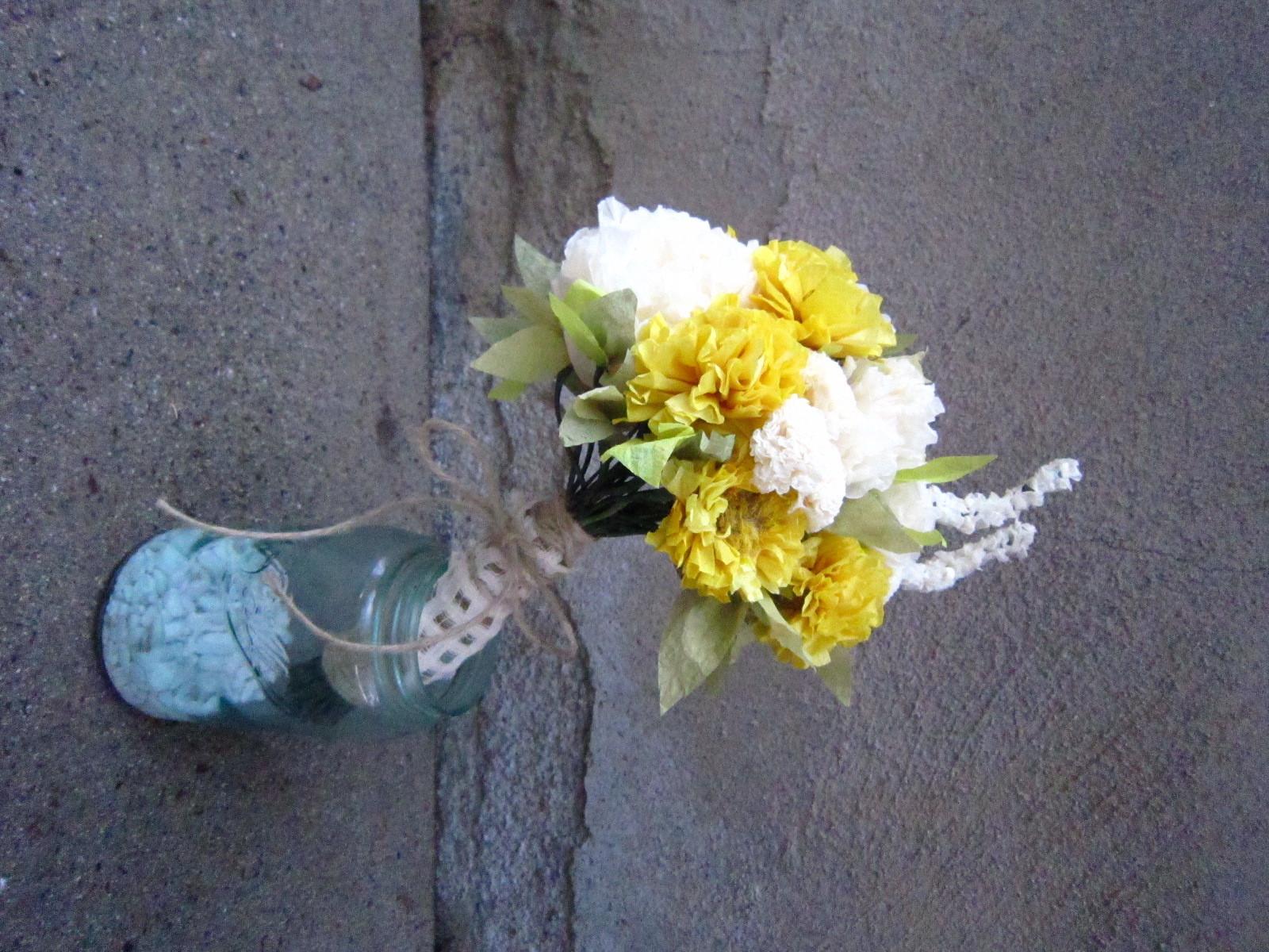 DIY, Flowers & Decor, Paper, yellow, Bride Bouquets, Bridesmaid Bouquets, Centerpieces, Bride, Flowers, Bouquet, Centerpiece, Wedding, Party, Bridesmaid, Cream, Artsy
