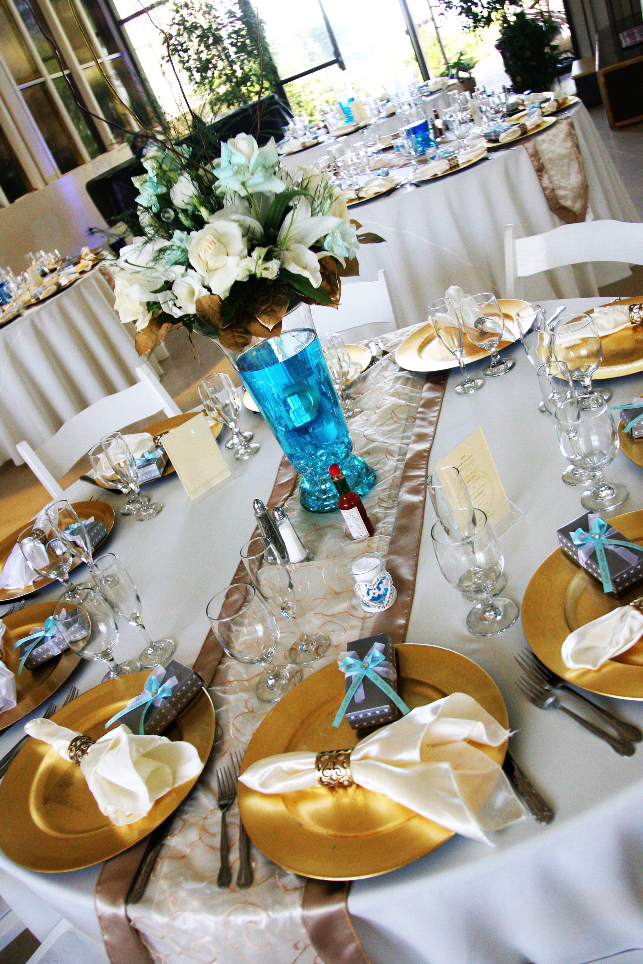 Reception, Flowers & Decor, Favors & Gifts, white, blue, gold, Favors, Flowers