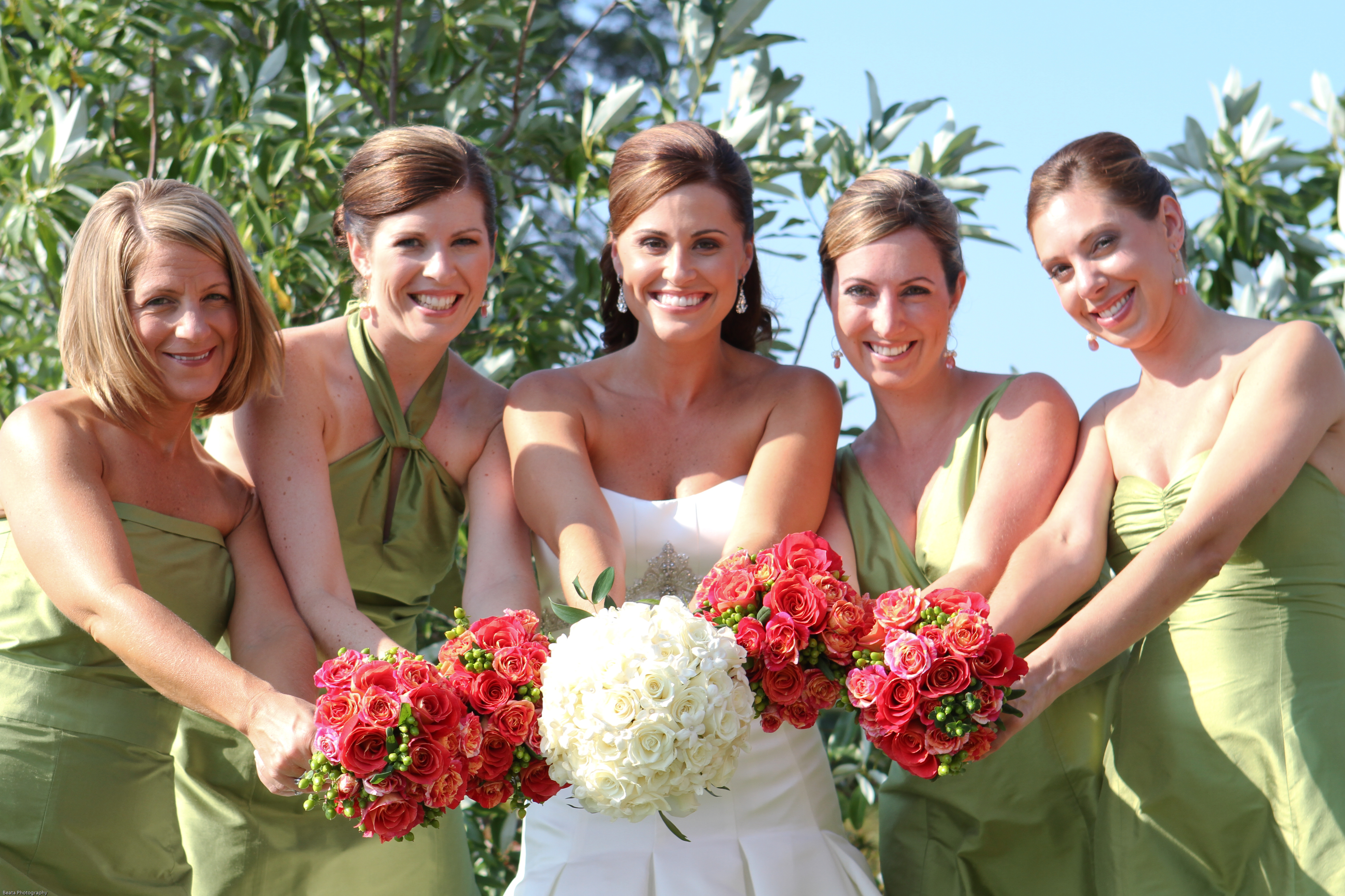 Flowers & Decor, Bridesmaids, Bridesmaids Dresses, Fashion, green, Bridesmaid Bouquets, Flowers, Dresses, Coral, Flower Wedding Dresses