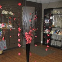 Reception, Flowers & Decor, red, black, Flowers