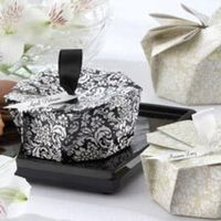 Favors & Gifts, white, black, Favors