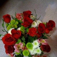 Flowers & Decor, red, green, Flowers