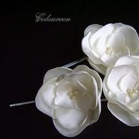 Beauty, Flowers & Decor, Bridesmaids, Bridesmaids Dresses, Fashion, white, ivory, Bridesmaid Bouquets, Flowers, Hair, Flower Wedding Dresses