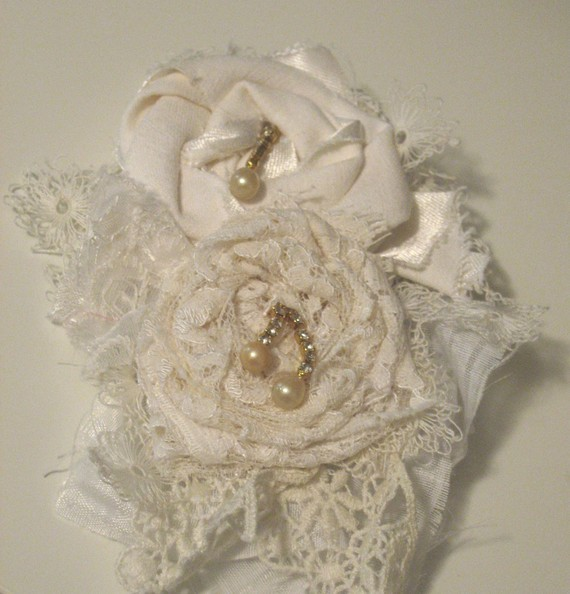 Jewelry, Brooches, Brooch, Corsage, Sweater