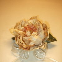 DIY, Flowers & Decor, ivory, gold, Corsages, Flowers, Champagne, Mothers, Corsage, Peony