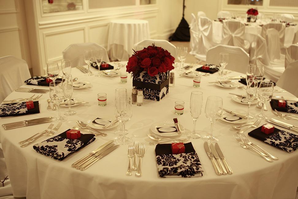 Reception, Flowers & Decor, white, black, Flowers, Center, Piece