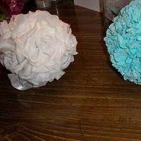 white, Roses, Aqua, Kissing, Carnations, Pomanders, Balls