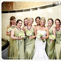 Flowers & Decor, Bridesmaids, Bridesmaids Dresses, Fashion, white, green, Bridesmaid Bouquets, Flowers, Bouquets, Flower Wedding Dresses