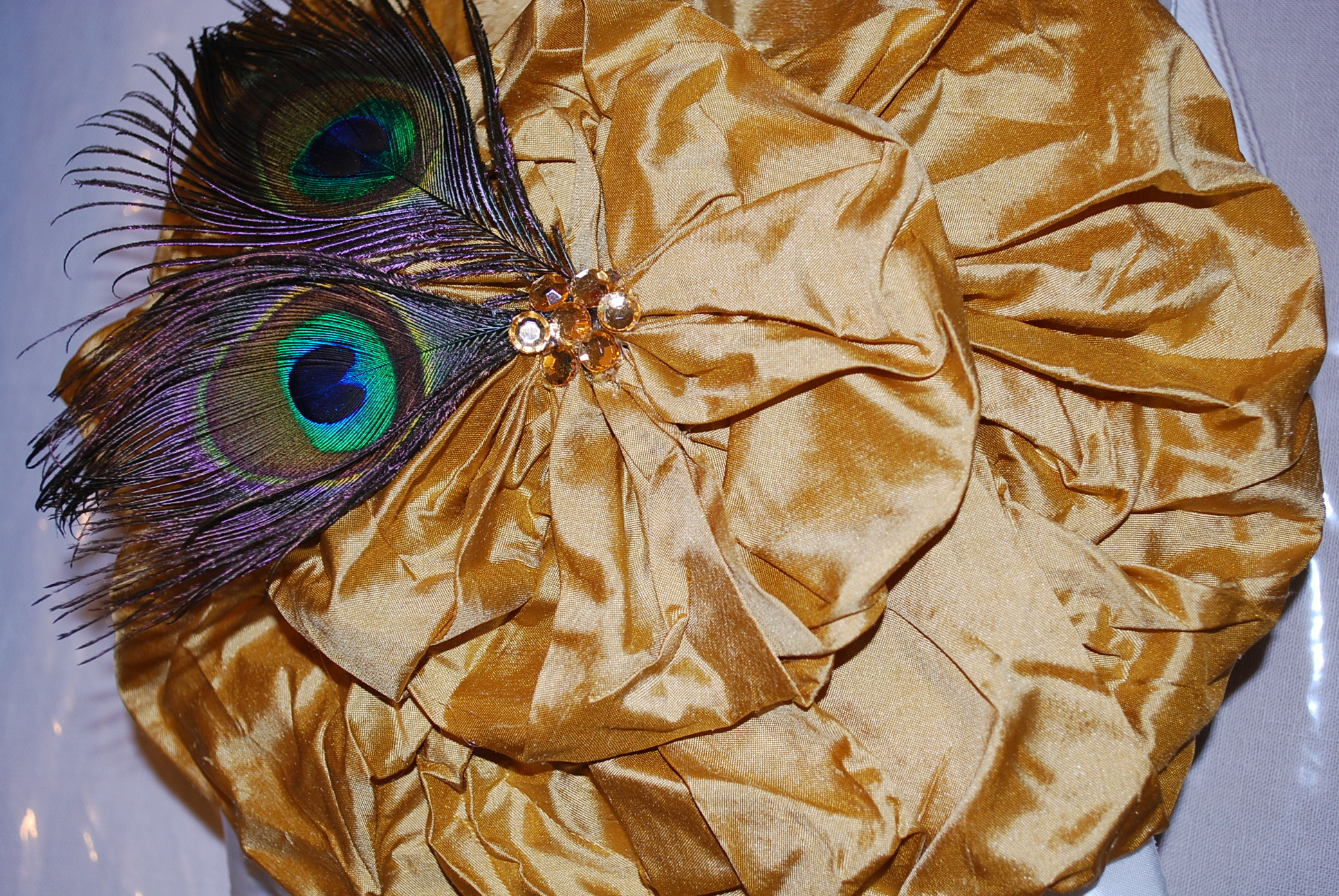 gold, Ring, Pillow, Bearer, Peacock