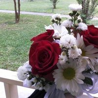 Flowers & Decor, white, yellow, red, Flowers