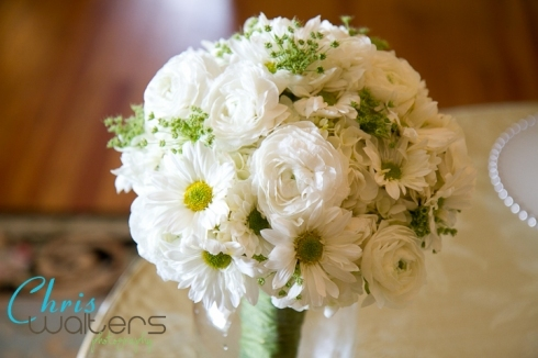 Flowers & Decor, white, green, Bride Bouquets, Bride, Flowers, Bouquet, Bridal, Lace, Hydrangea, Daisies, Ranunculus, Annes, Queen
