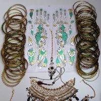 Jewelry, green, black, gold