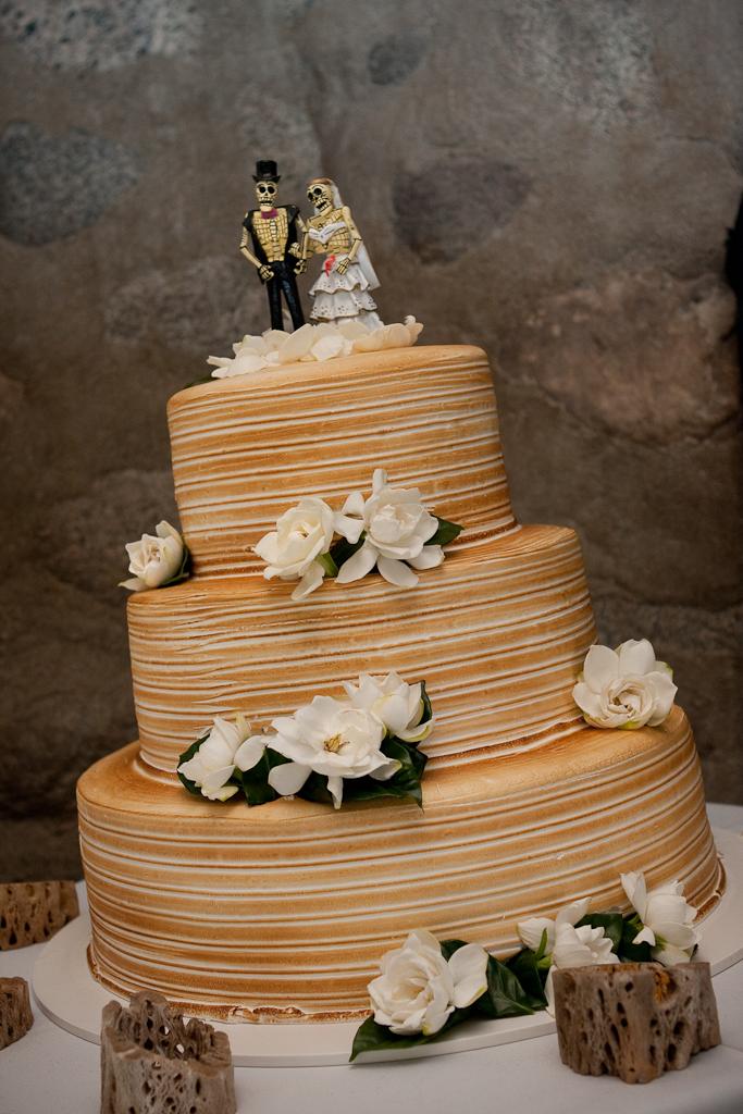Flowers & Decor, Cakes, cake, Flowers, La, Del, De, Pasadena, Los, Dia, Muertos, Portos, Arroyo, Casita, La casita del arroyo, Novios