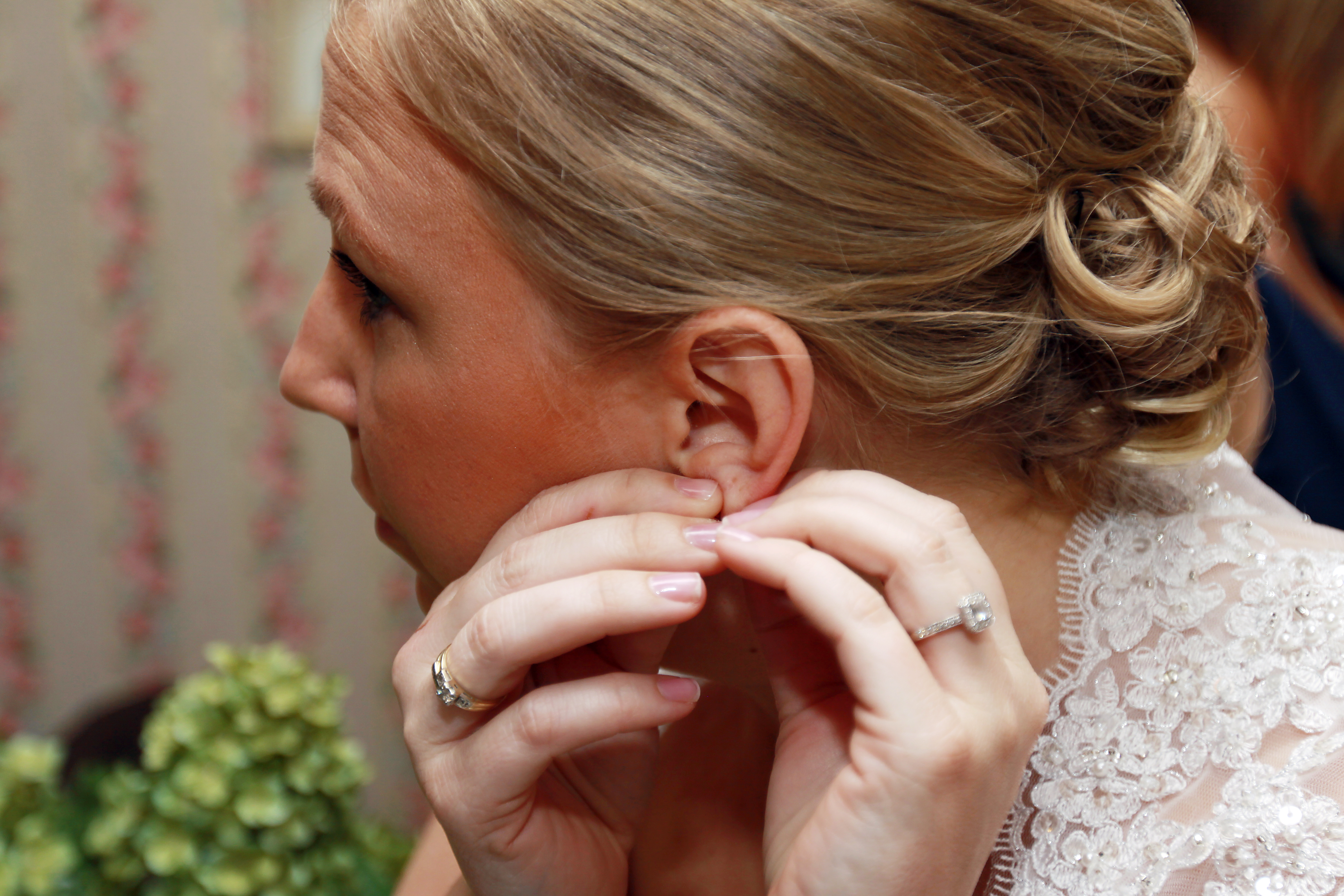 Bride, Getting, Ready