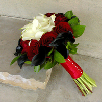 Flowers & Decor, white, red, black, Flowers