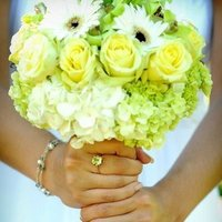Flowers & Decor, white, yellow, green, Flowers