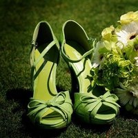 Flowers & Decor, Shoes, Fashion, white, yellow, green, black, Flowers, Flower Wedding Dresses