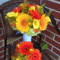 Flowers & Decor, Bridesmaids, Bridesmaids Dresses, Fashion, yellow, orange, green, Bridesmaid Bouquets, Flowers, Flower Wedding Dresses