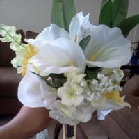 Flowers & Decor, Bridesmaids, Bridesmaids Dresses, Fashion, white, yellow, Bridesmaid Bouquets, Flowers, Flower Wedding Dresses